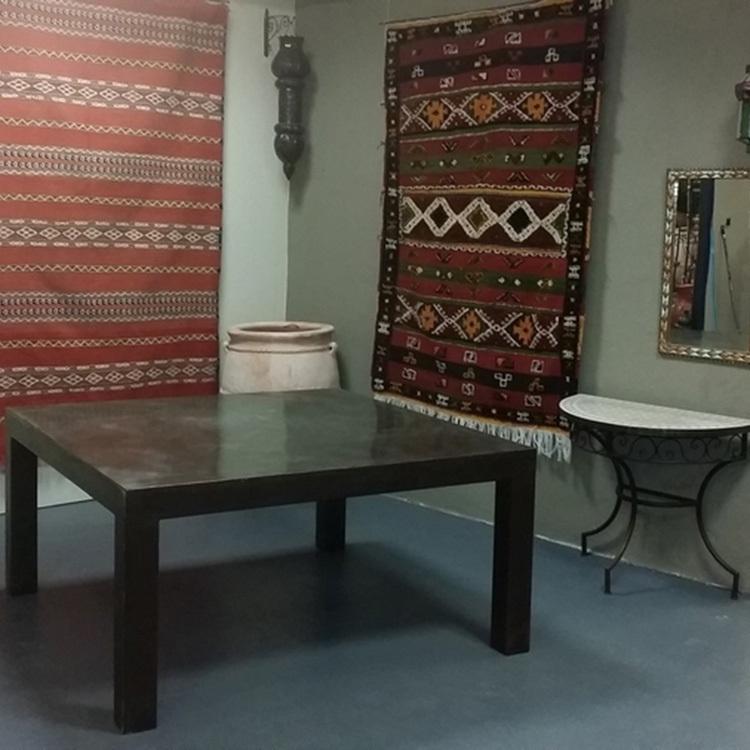 Table metal plier brossé 150 X150
